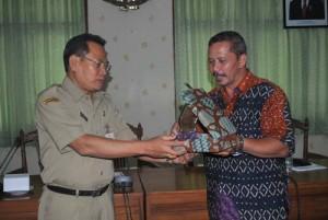 kodadiyanto menerima vandel